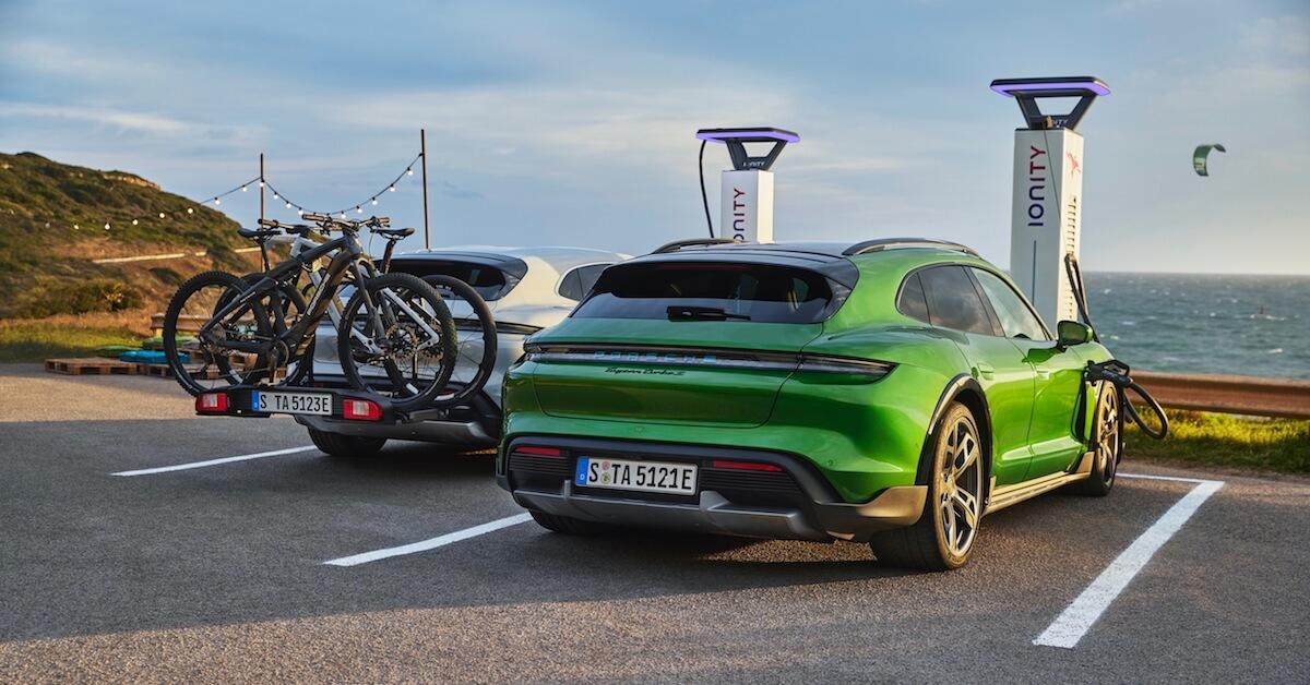 Porsche Taycan Cross Turismo Ionity