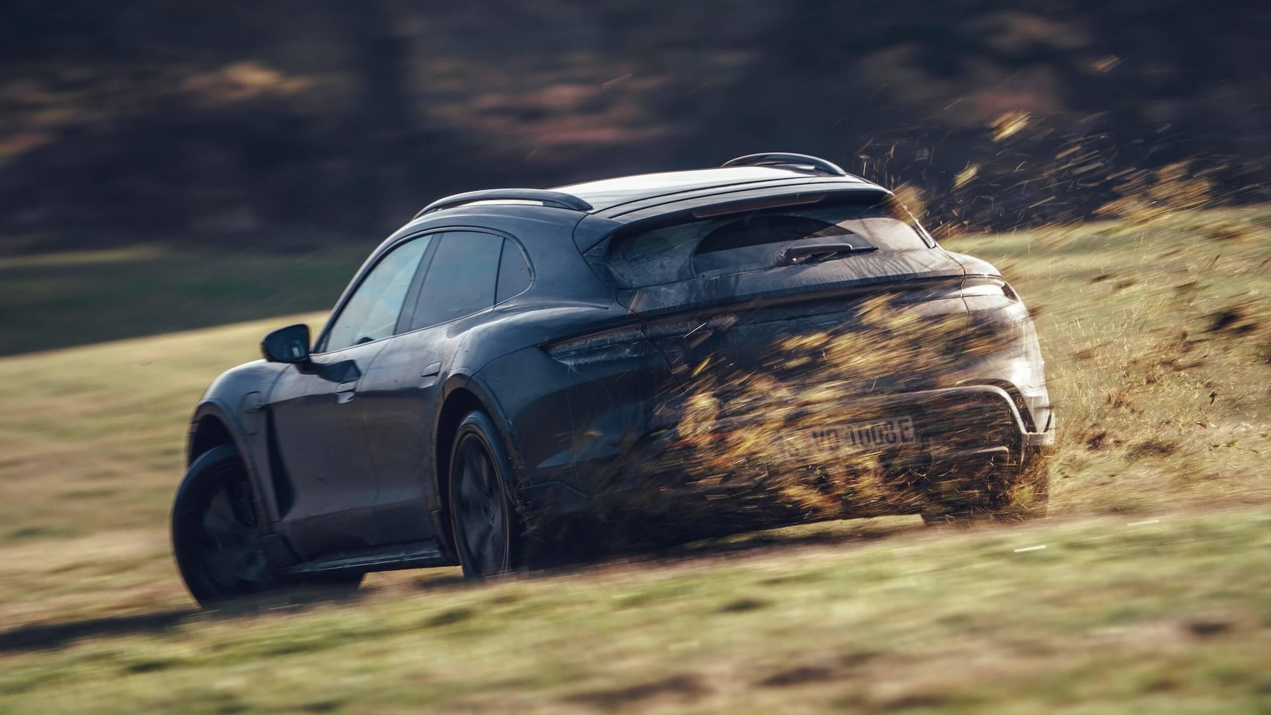 Porsche Taycan Cross Turismo test