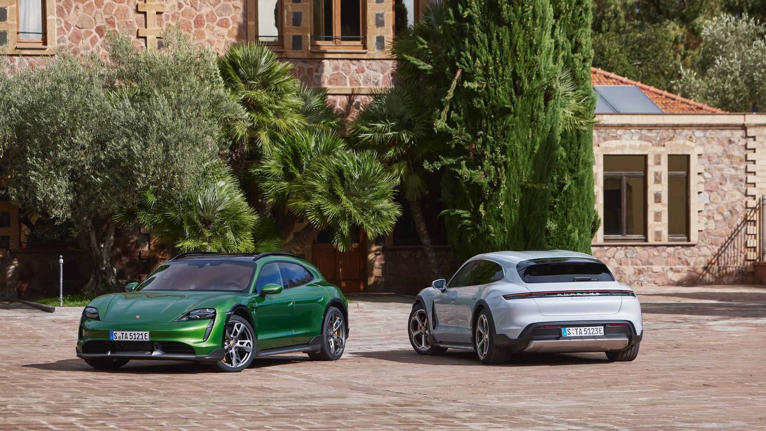 Porsche Taycan Cross Turismo wit en groen