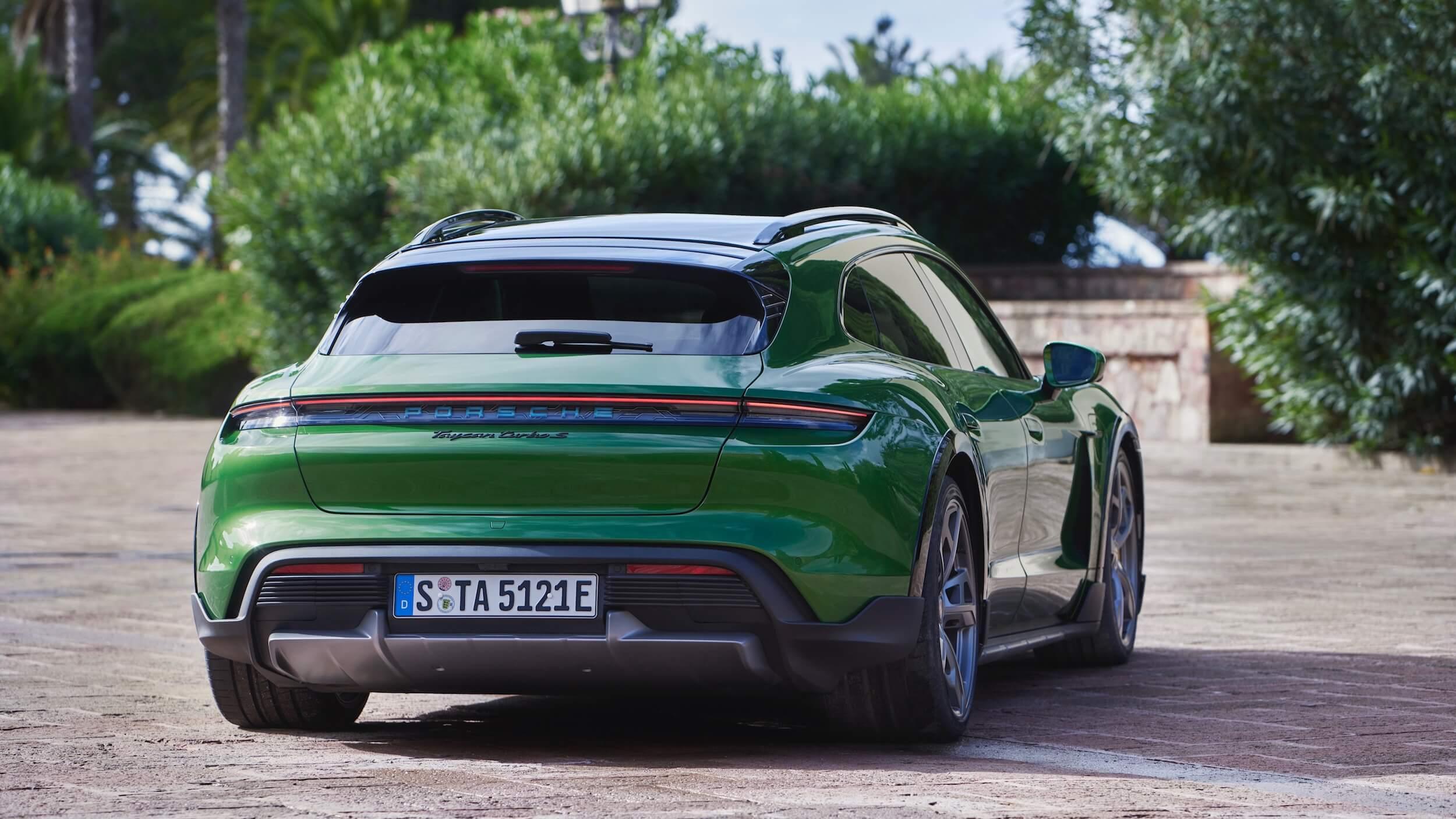 Porsche Taycan S Cross Turismo