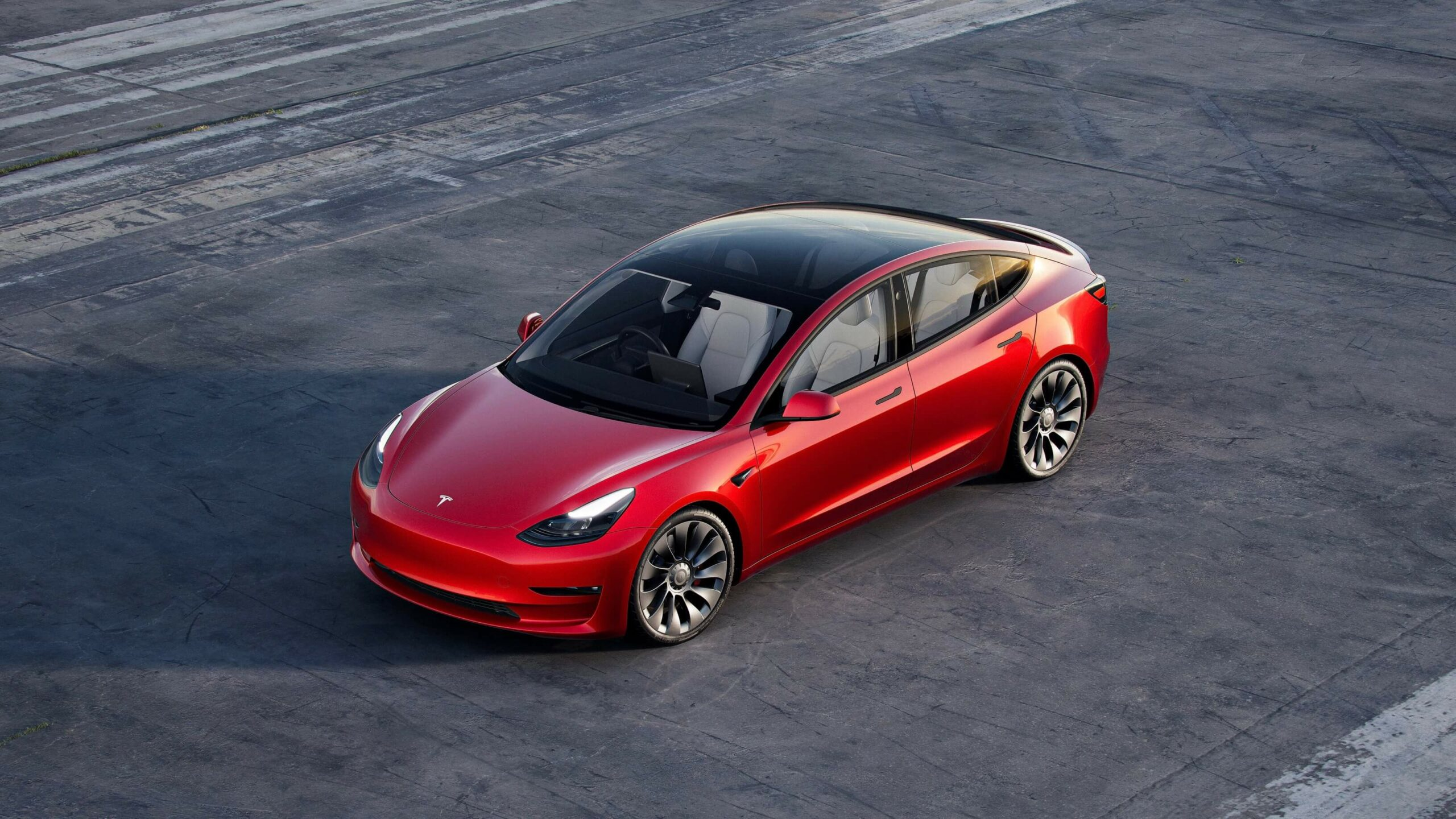 2021 Tesla Model 3 rood