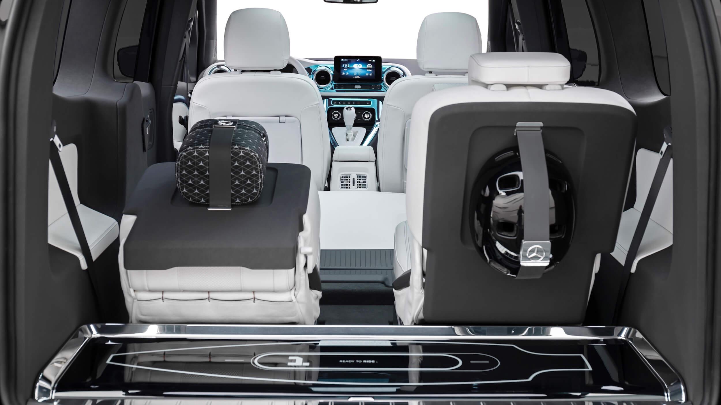 Mercedes EQT Concept 4
