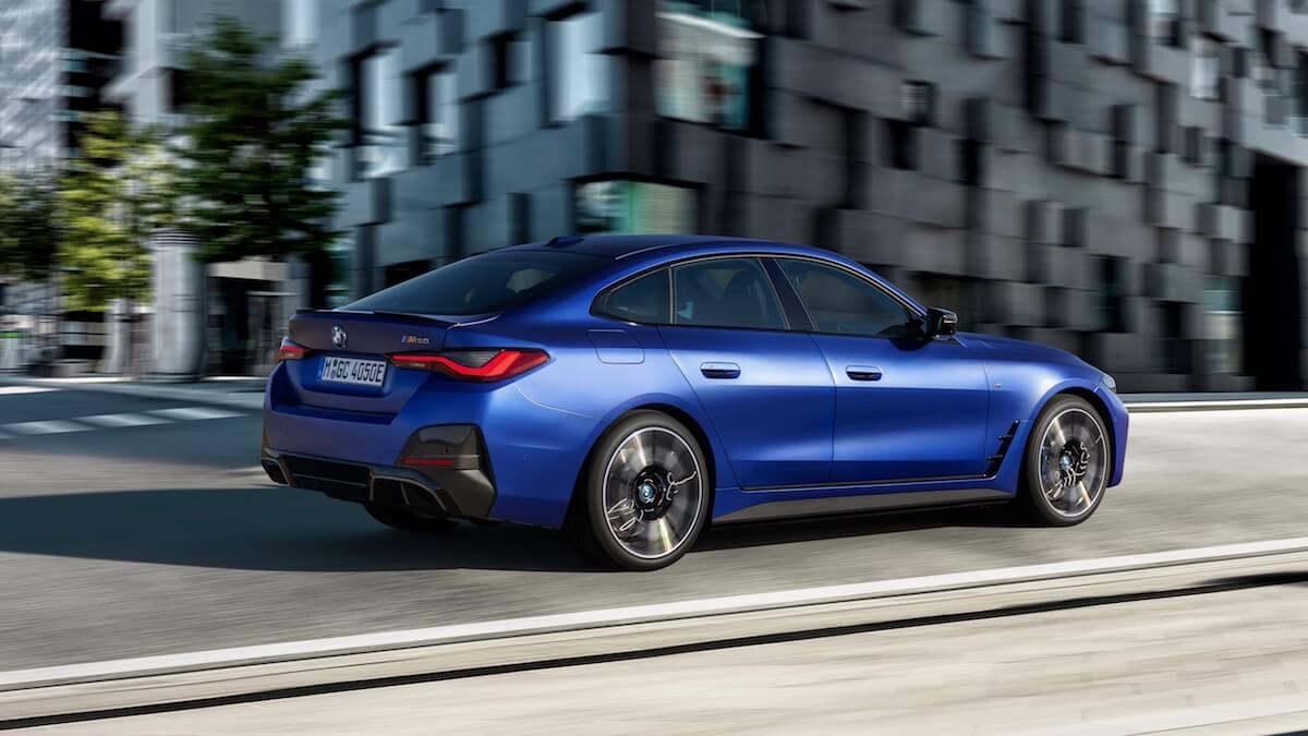 BMW i4 M50 blauw