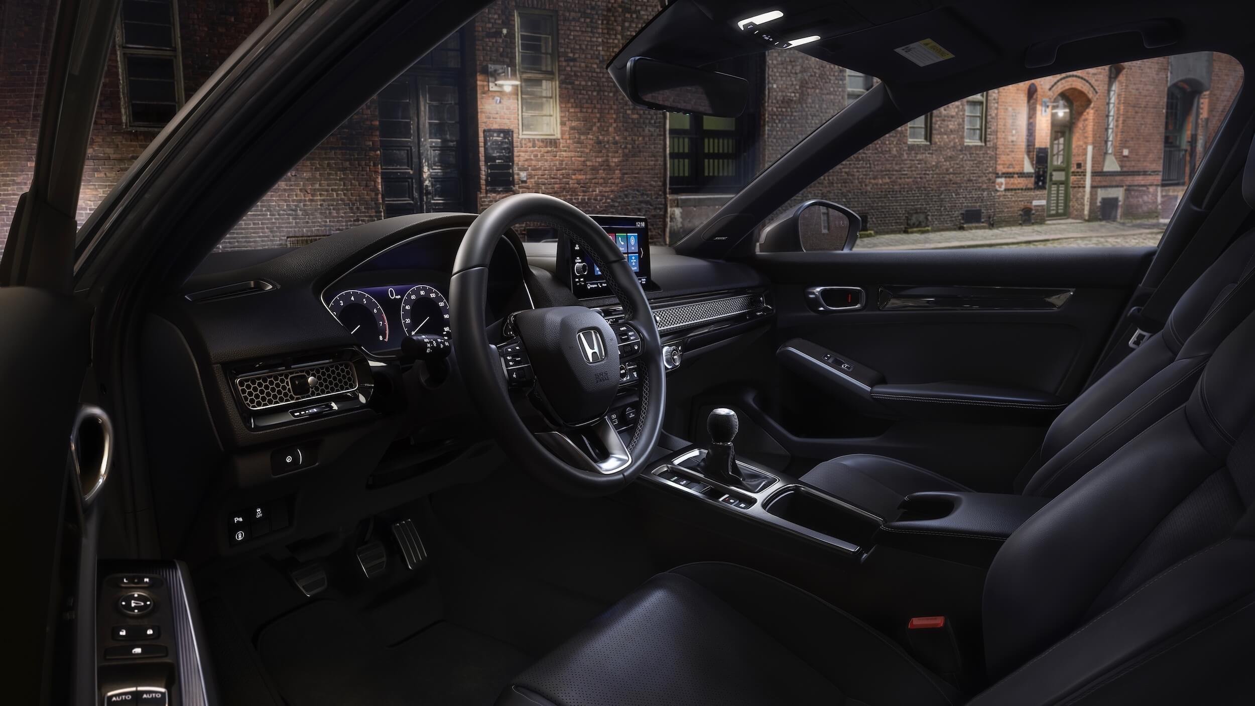 Honda Civic Hatchback hybride 2