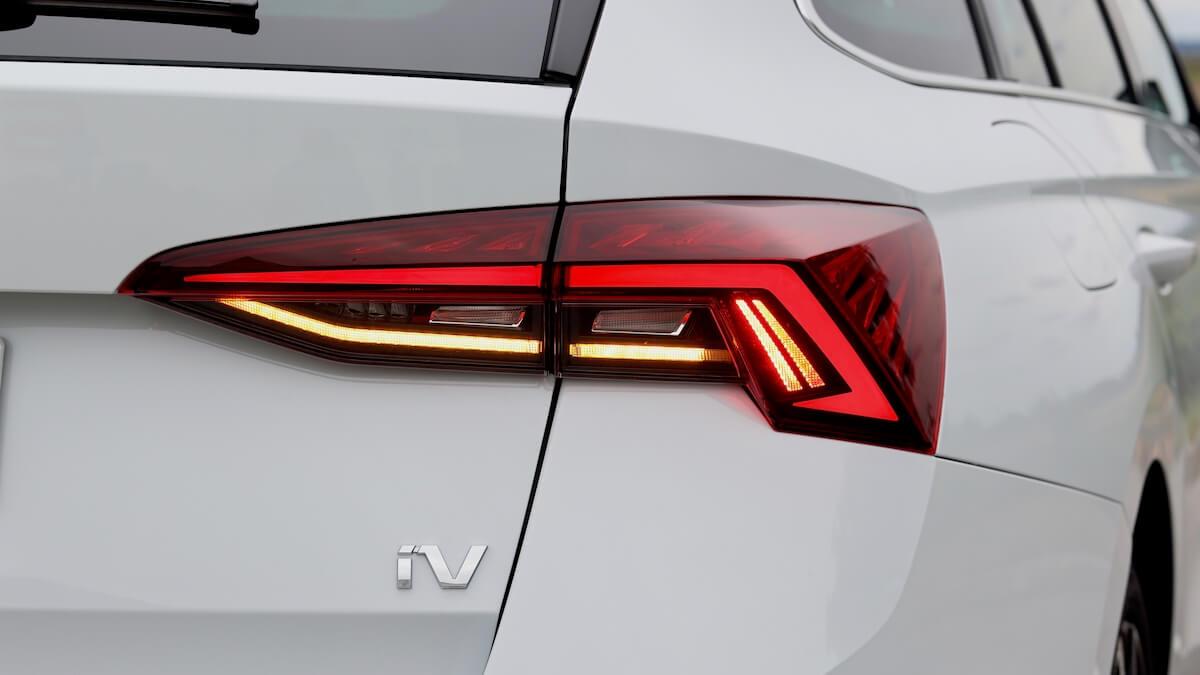 Skoda Octavia plug in hybride iV badge