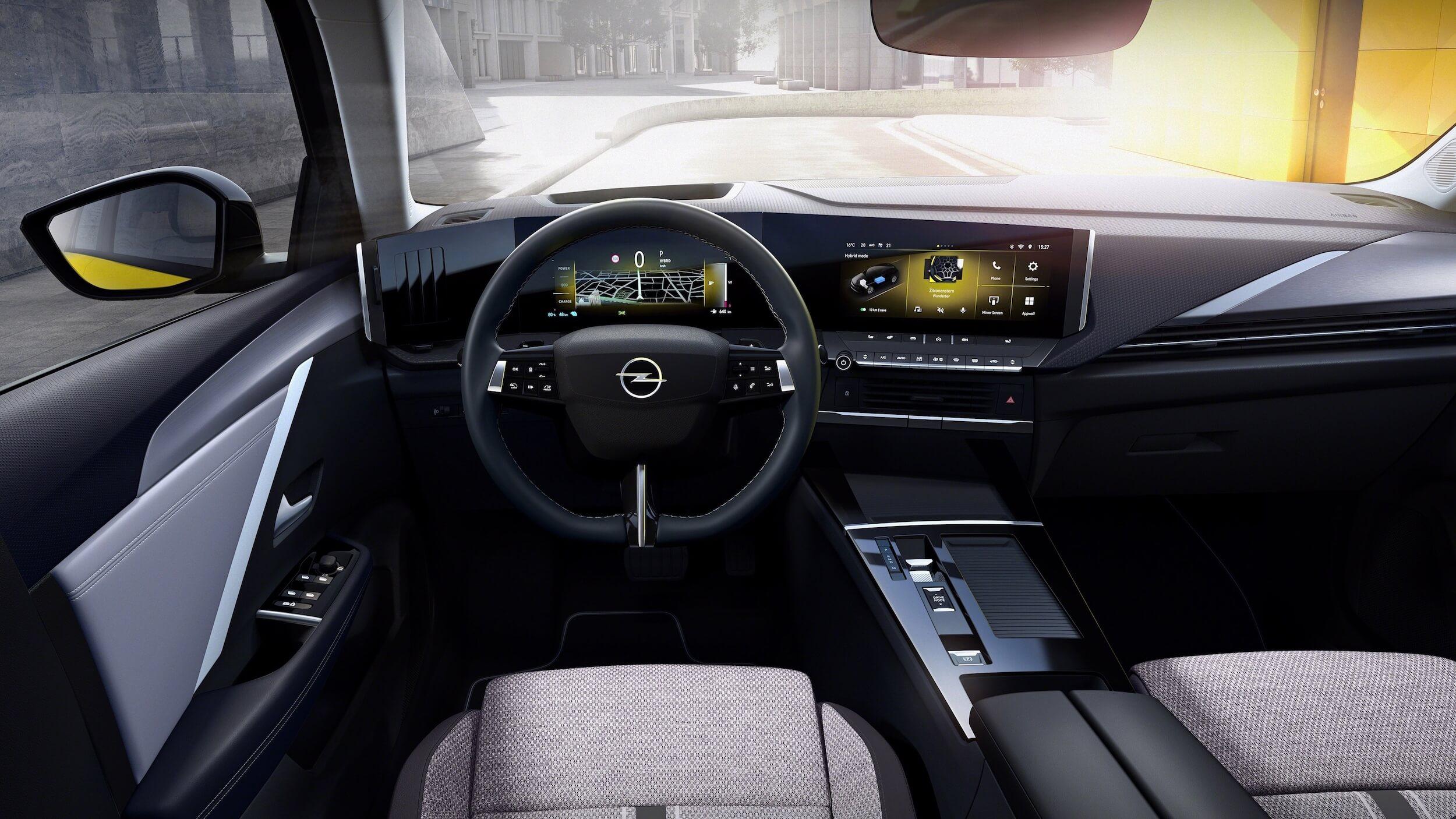 Opel Astra PHEV 14