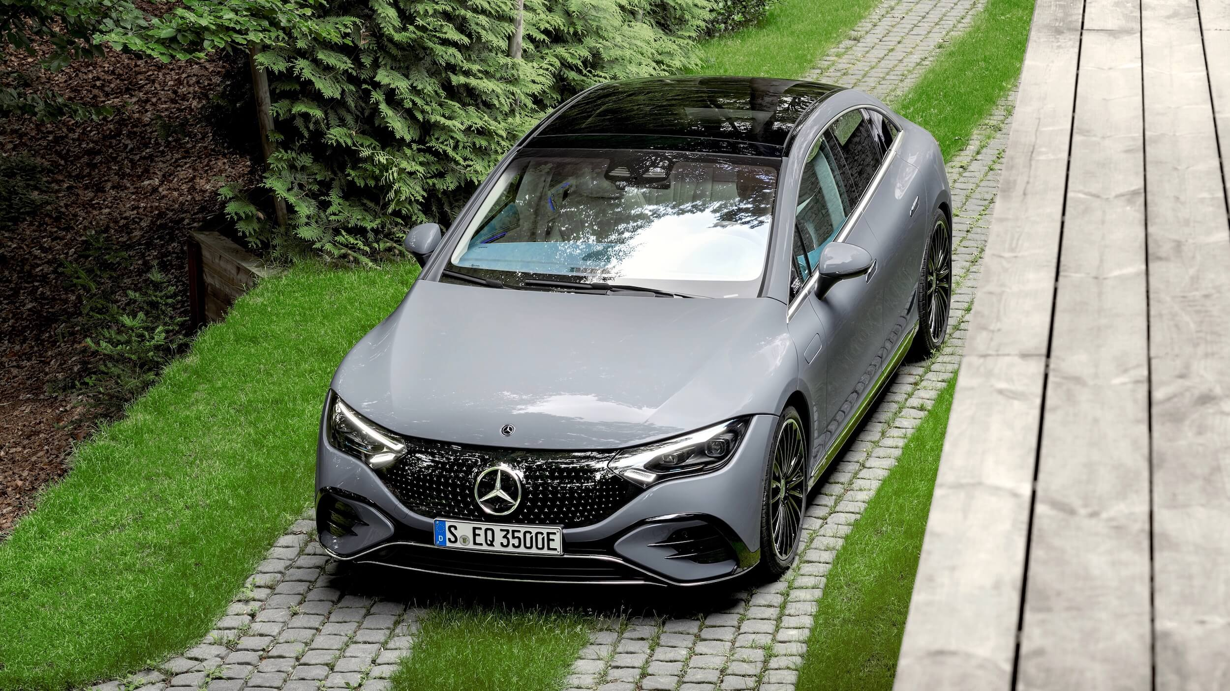 Mercedes EQE 350 4
