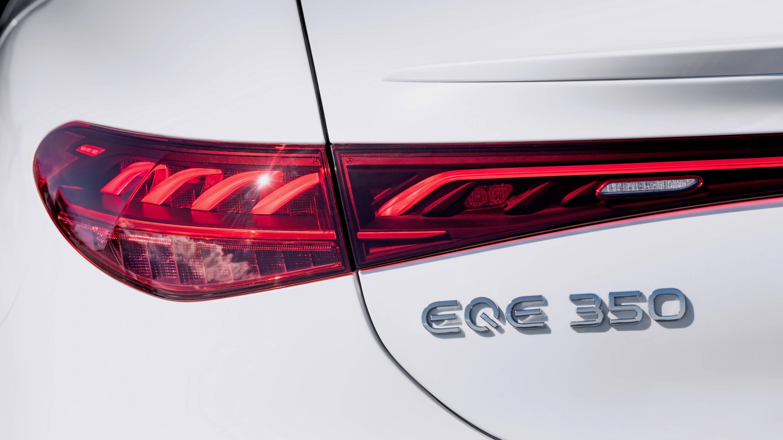 Mercedes EQE 350 8