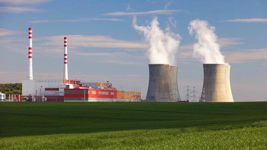kerncentrale koeltorens